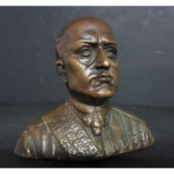 Bronzetto profilo del Duce...