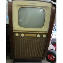 Televisore da sala , mobile...