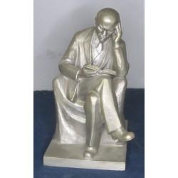 Lenin alu statue